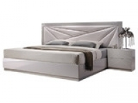 posh_bed_frame_goldberg